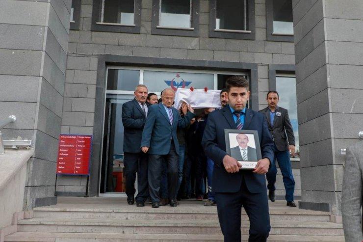 Kars Gar Müdürü Metin Ruşen Tutaz Son Yolculuğuna Uğurlandı