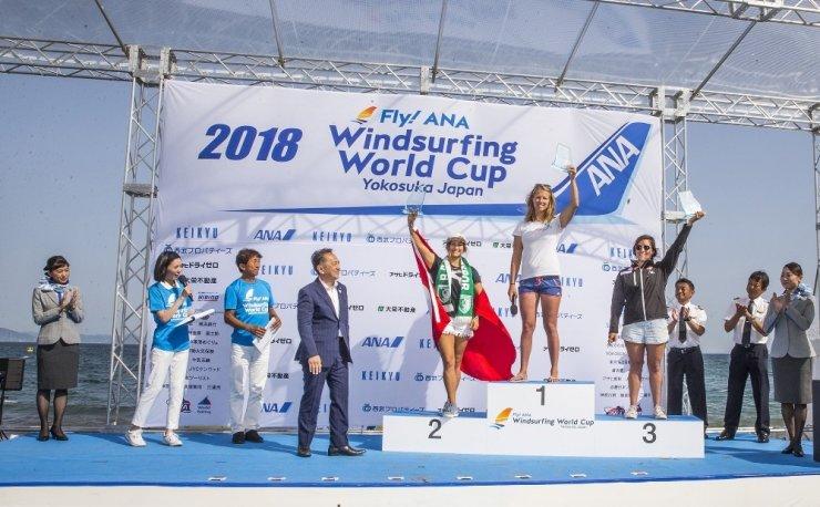Sörfçü Lena Erdil, Japonya'da İkinci Oldu