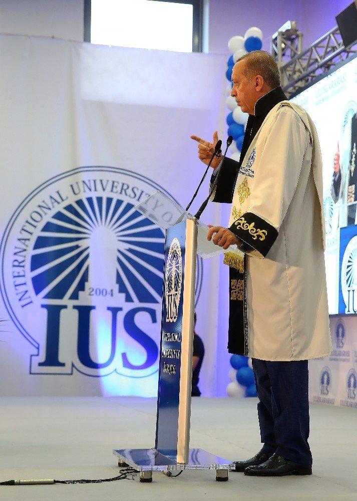 Cumhurbaşkanı Erdoğan'a Fahri Doktora Ünvanı