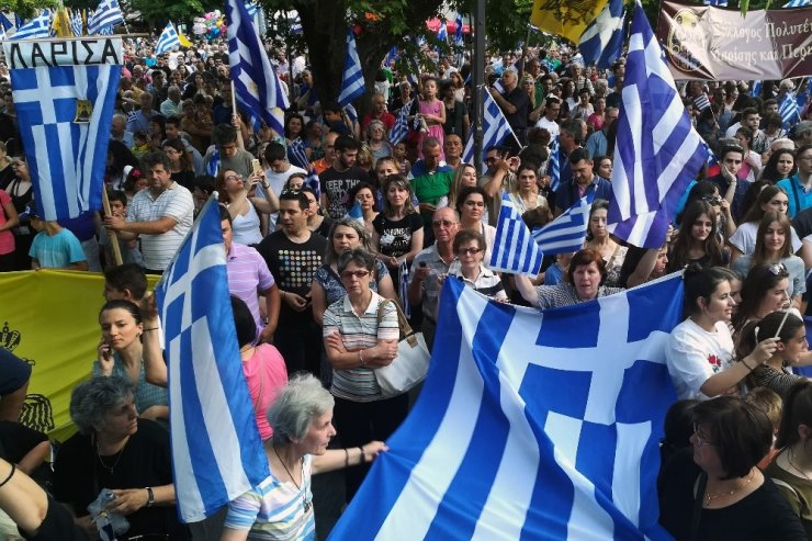 Yunanistan'da 'Makedonya' Mitingleri