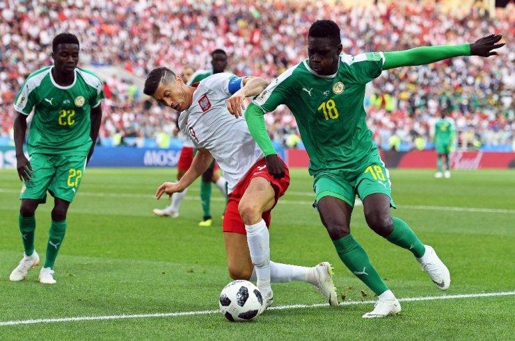 Senegal, Polonya'yı 2-1 Mağlup Etti