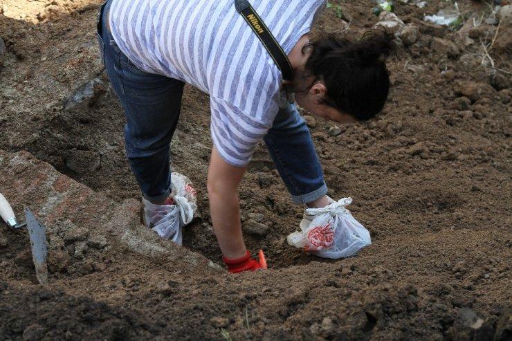 'Rus Subayın Mezarı'nda Kazı