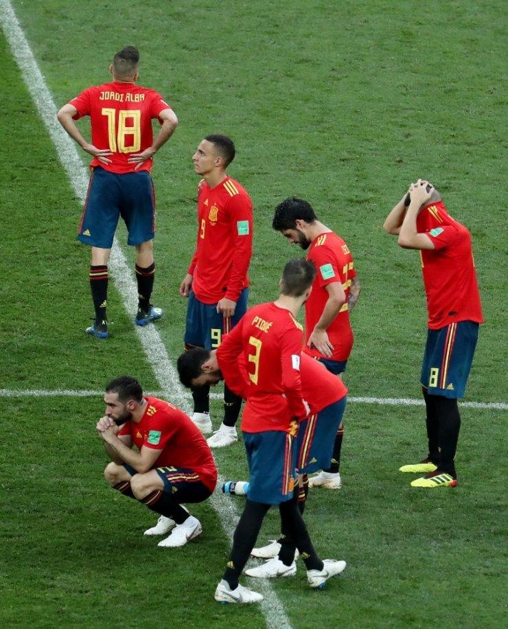 Rusya Penaltılarda Turladı