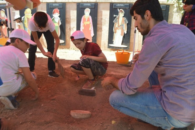 Mardin'in 'Çocuk Arkeolog'ları