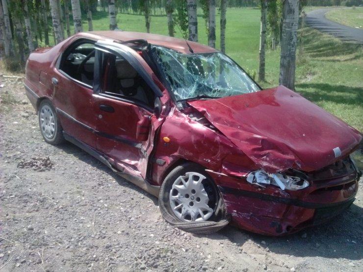 Kağızman'da Trafik Kazası: 2 Yaralı