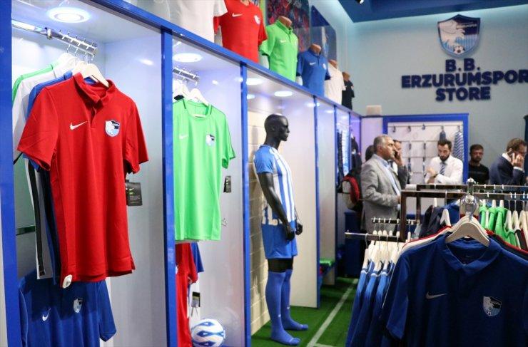 Erzurumspor'un Lisanslı Ürün Mağazası Açıldı