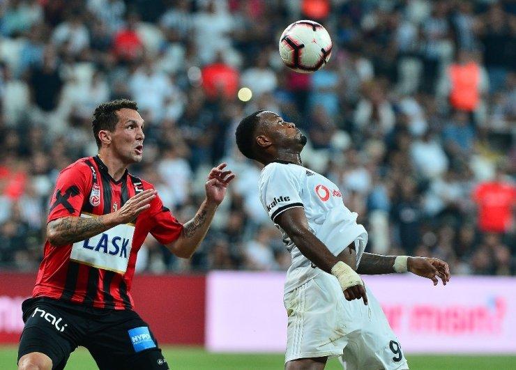 Beşiktaş Avantaj Yakaladı