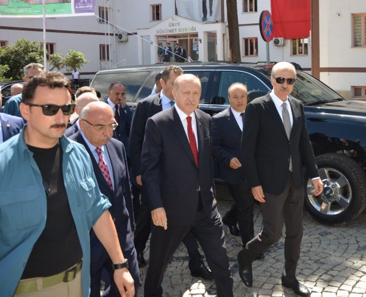 Erdoğan: 'Stratejik Ortağınızı, Bir Papazla Değiştiriyorsunuz'
