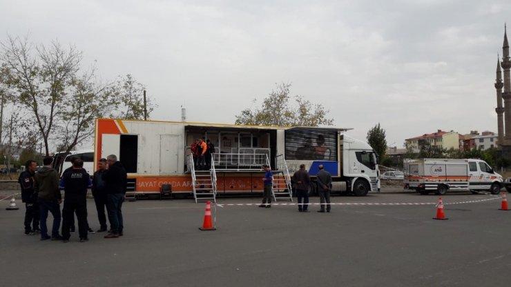 'Deprem Simülasyonu' Aracı Kars'ta