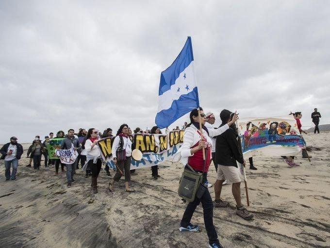 Göçmenler 'ABD Sınırı'na Ulaştı