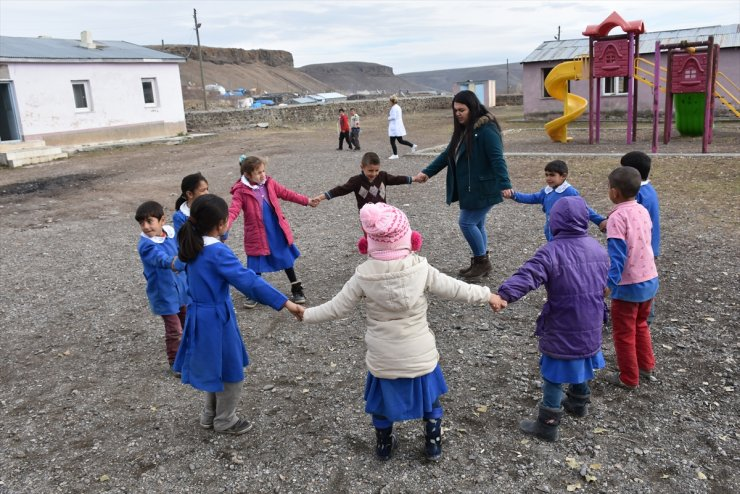 Kars'ta Kadın Öğretmen Olmak