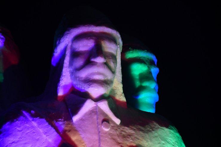 'Kardan Heykeller Sergisi' Açıldı