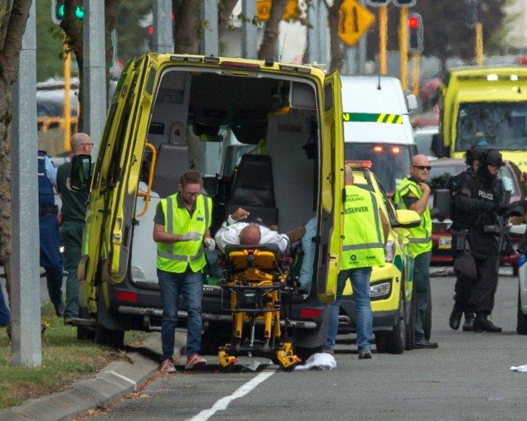 Yeni Zelanda'da Camiye Silahlı Saldırı