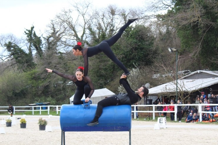 İlk Resmi Atlı Cimnastik Yarışması Yapıldı