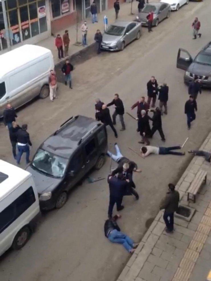 Kars'ta Muhtarlık Kavgası: 5 Yaralı