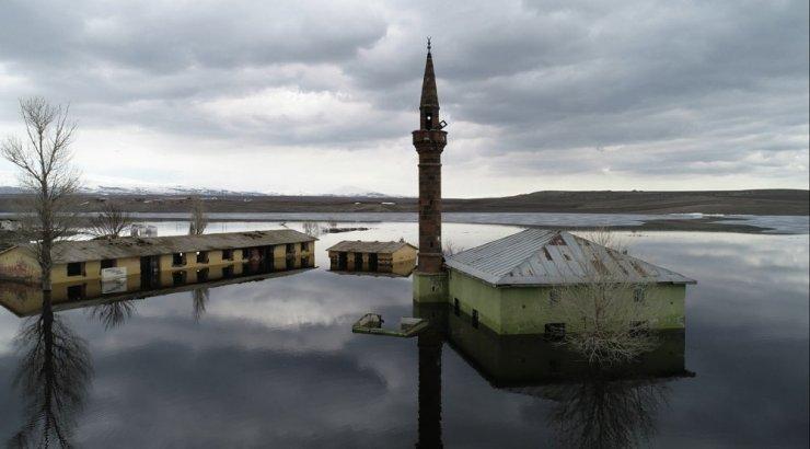 Özgen Beşli'nin Objektifinden Kars Barajı