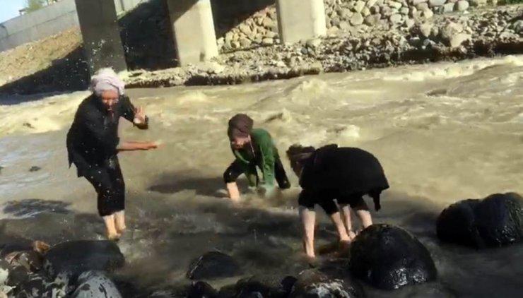 2 Lise Öğrencisi Derede Boğuldu