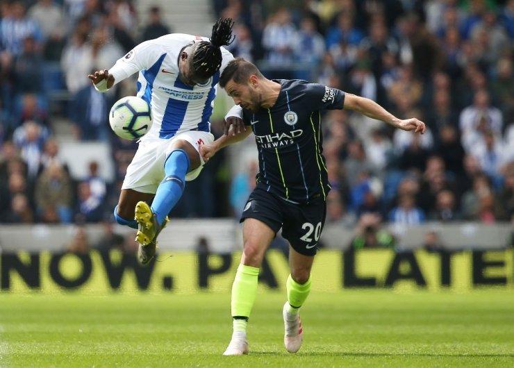 İngiltere'de Şampiyon Manchester City
