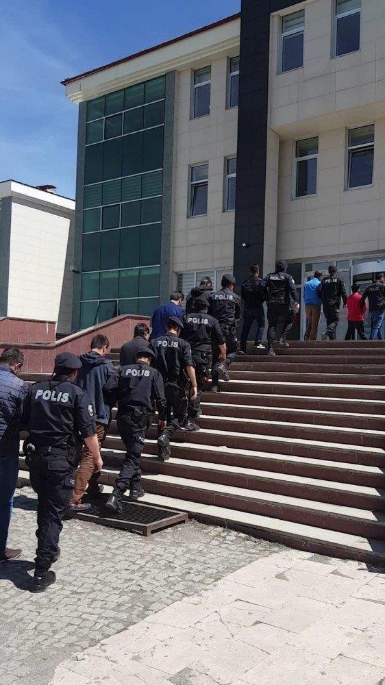 FETÖ'den 5 Rütbeli Asker Tutuklandı