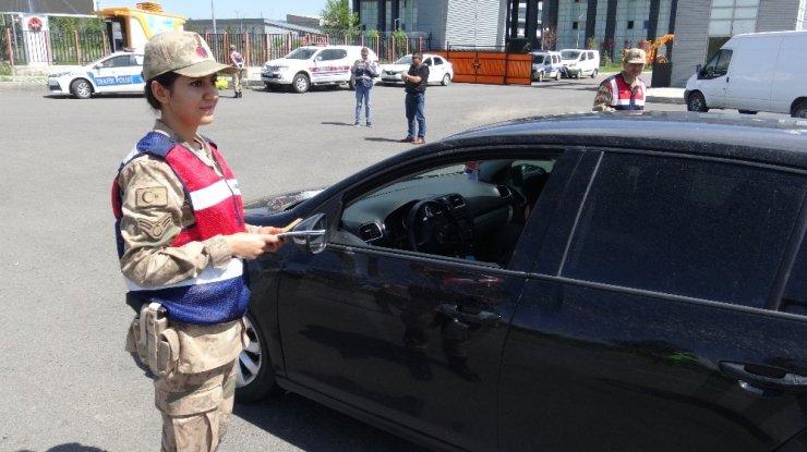 Polis ve Jandarma'dan Trafik Uygulaması