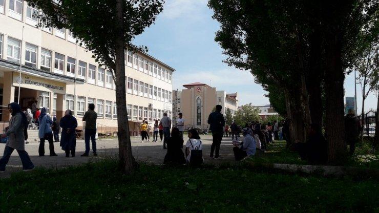 Kars ve Türkiye'de YKS Heyecanı