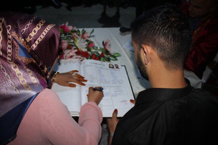 'Tuz Mağarası'nda Toplu Nikah Töreni