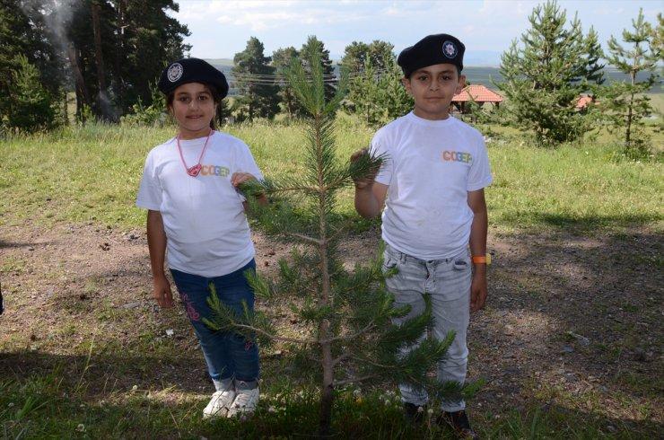 Çocuklar Polis Amcalarıyla Fidan Şenliğinde Buluştu