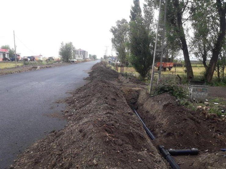 Arpaçay'da Yol ve Alt Yapı Çalışmaları Durdu