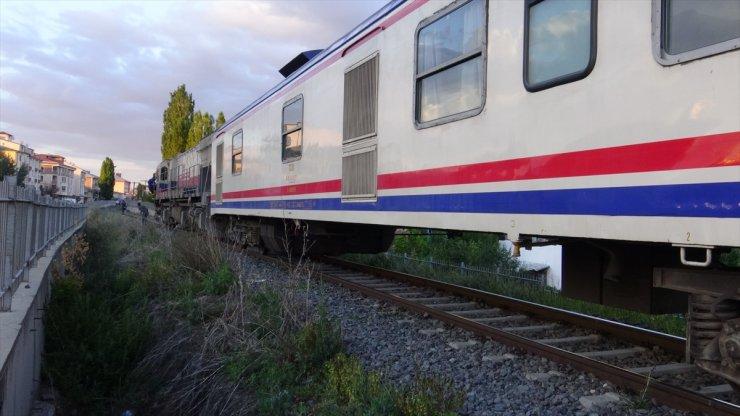 13 Yaşındaki Çocuğa Tren çarptı