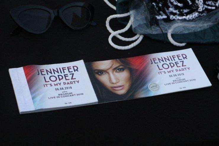 Antalya'da Jennifer Lopez Rüzgarı