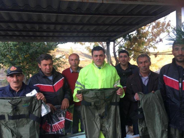 İzmir'den Ardahan Belediye'sine Malzeme Desteği