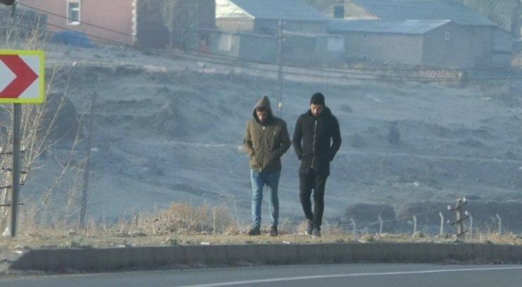Kars'ta İşçilerin Soğukla Mücadelesi