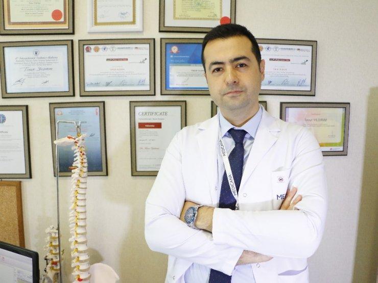 'Bel Fıtığı'na Kapalı Cerrahi Yöntem