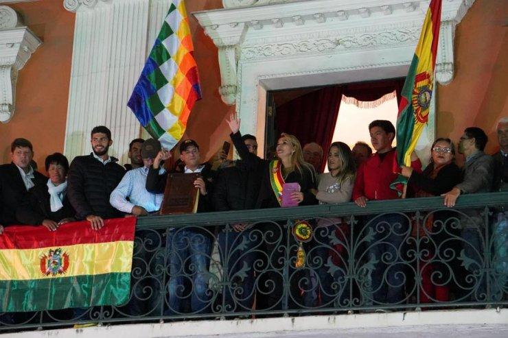 Bolivya'nın Geçici Devlet Başkanı Belli Oldu