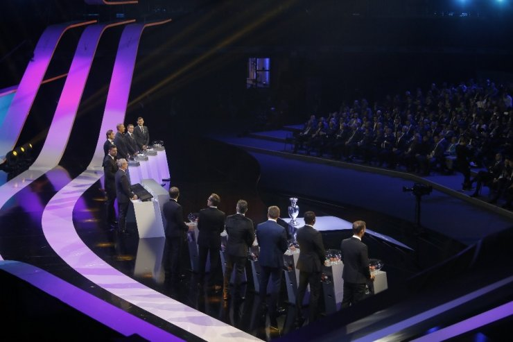 EURO 2020'deki Rakipler Belli Oldu