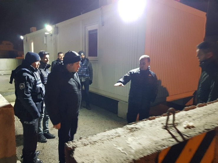 Sağdıç'tan 'Personele' Gece Ziyareti