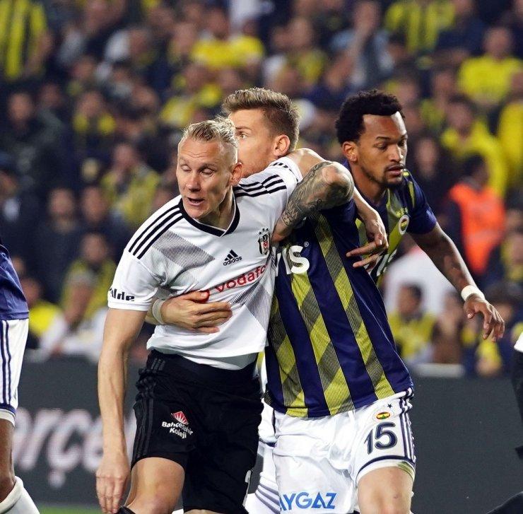 Yılın Son Derbisi Fenerbahçe'nin