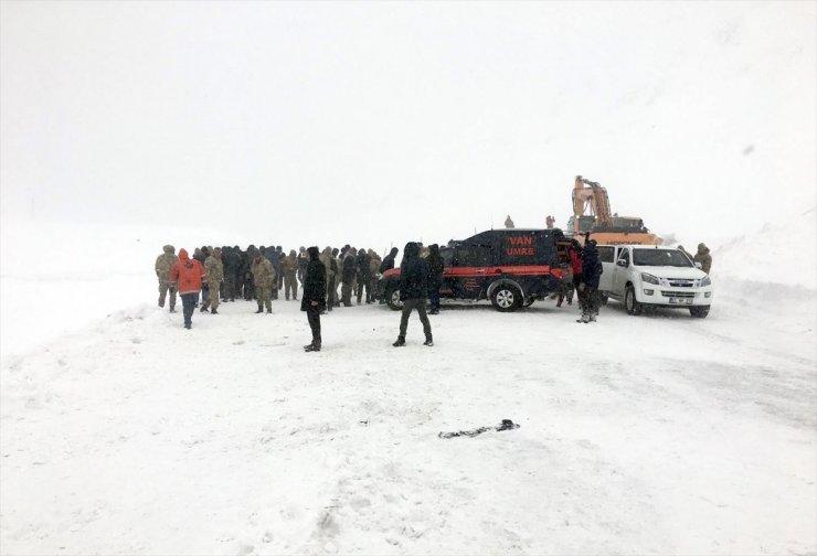 Van'da İkinci Çığ: Ölü Sayısı Artıyor