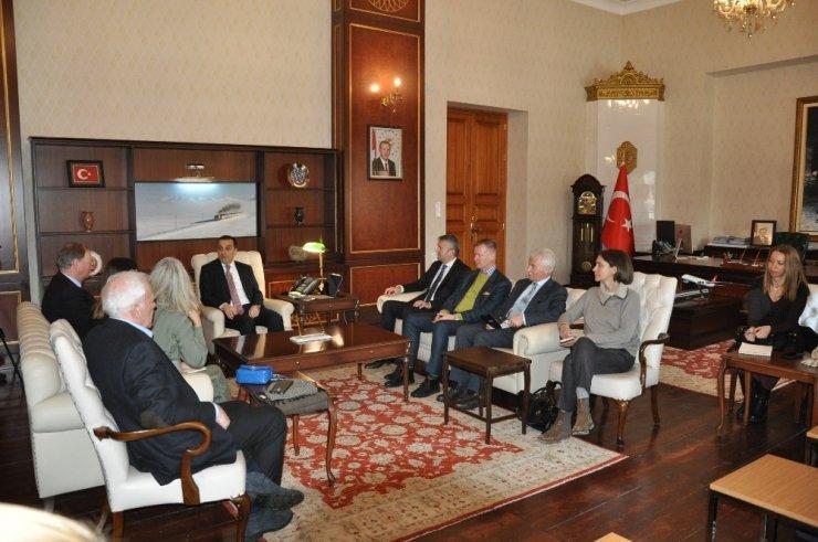 Büyükelçiler Kars'ta Çeşitli Ziyaretlerde Bulundular