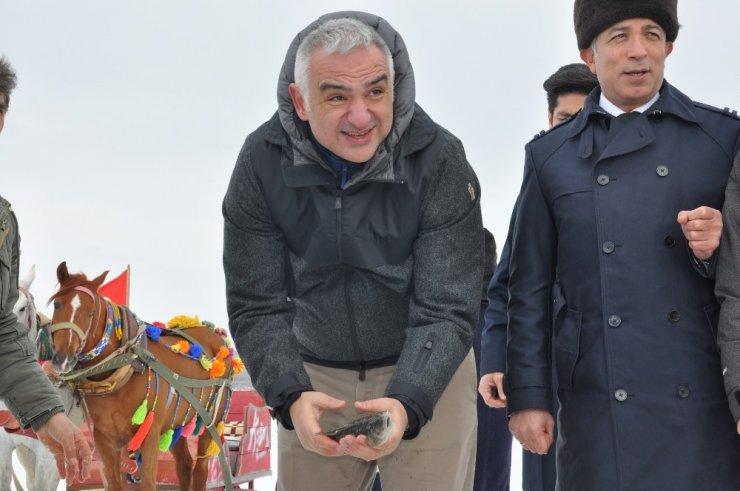 Kültür ve Turizm Bakanı Ersoy Çıldır'da