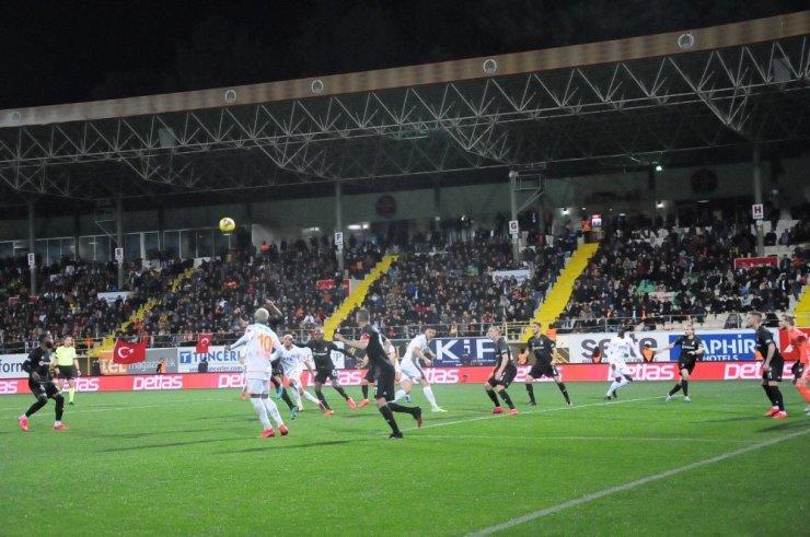 Beşiktaş, Alanya'dan Puanla Döndü