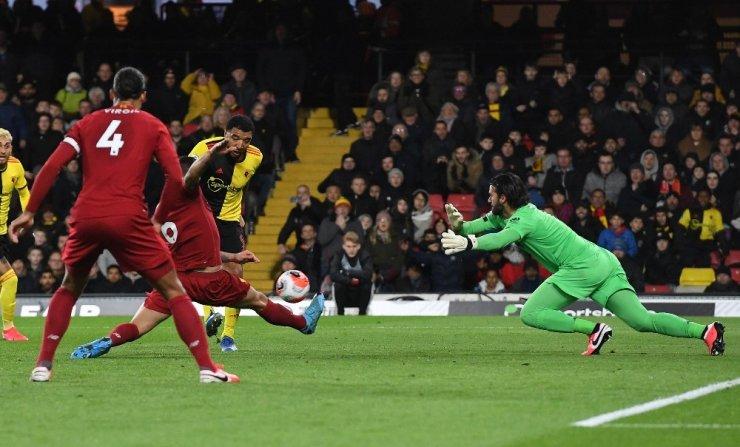 Liverpool İlk Yenilgisin Aldı