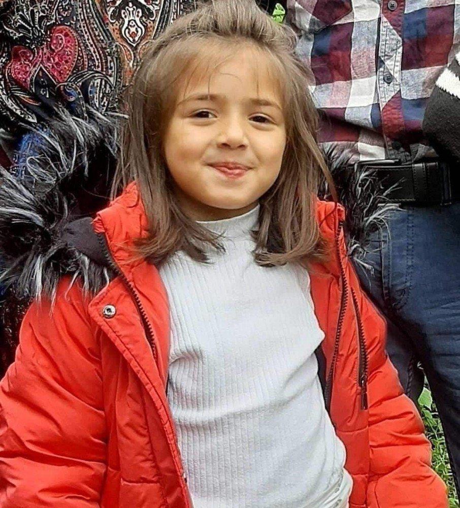 Kayıp 7 Yaşındaki İkranur Aranıyor!