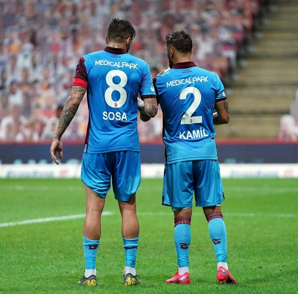 Süper Lig   Trabzonspor, Galatasaray'ı 3-1 Yendi