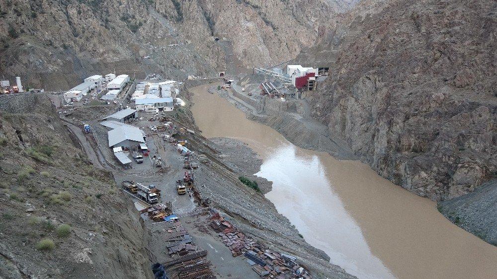 Selin Vurduğu Yusufeli Barajı Şantiyesi Görüntülendi
