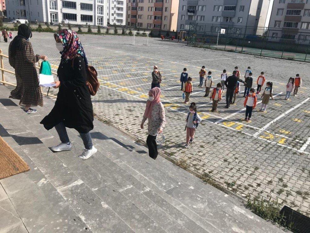 Anasınıfı ve 1. Sınıf Öğrencileri İçin Ders Zili Çaldı