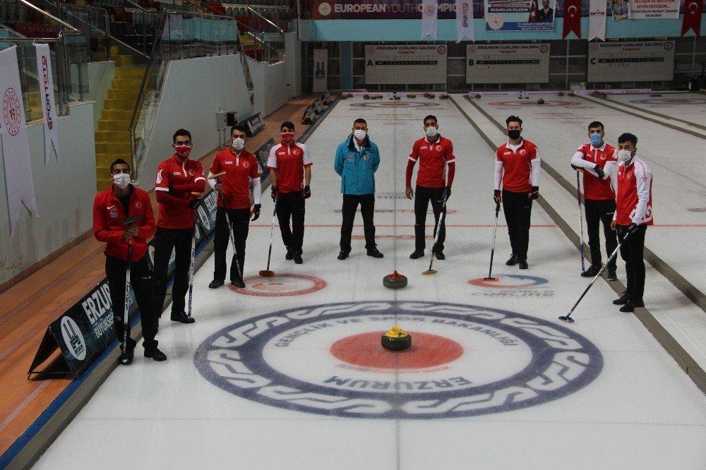 Curling Milli Takımı, Erzurum'da Kampa Girdi