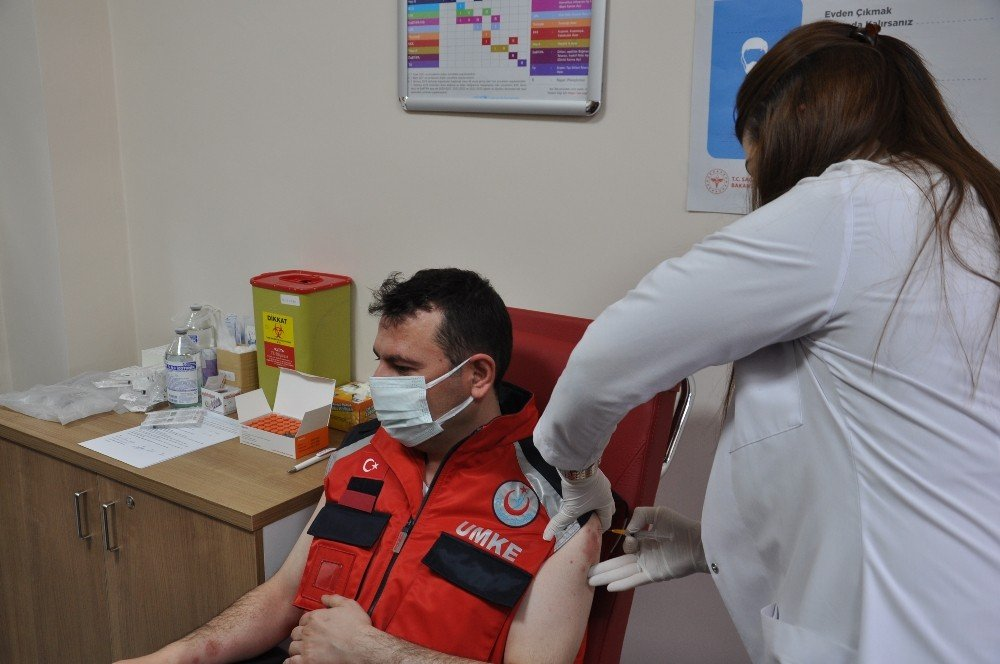Kars | CoronaVac Aşısı Yapılmaya Başlandı
