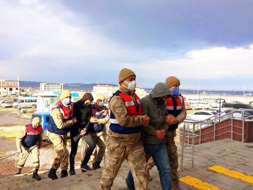 Kars   'Hayvan Hırsızlığı Çetesi'ne Operasyon