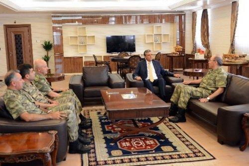 9'ncu Kolordu Komutanı Korgeneral Öngay'dan Vali Özefe'ye Ziyaret